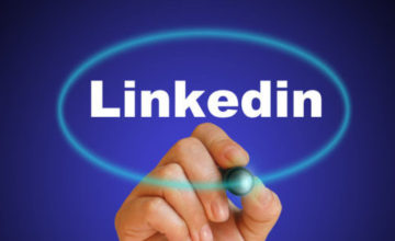 Why Professionals Should Link In to LinkedIn
