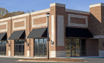 The See-Touch Advantages of Your Brick and Mortar Store